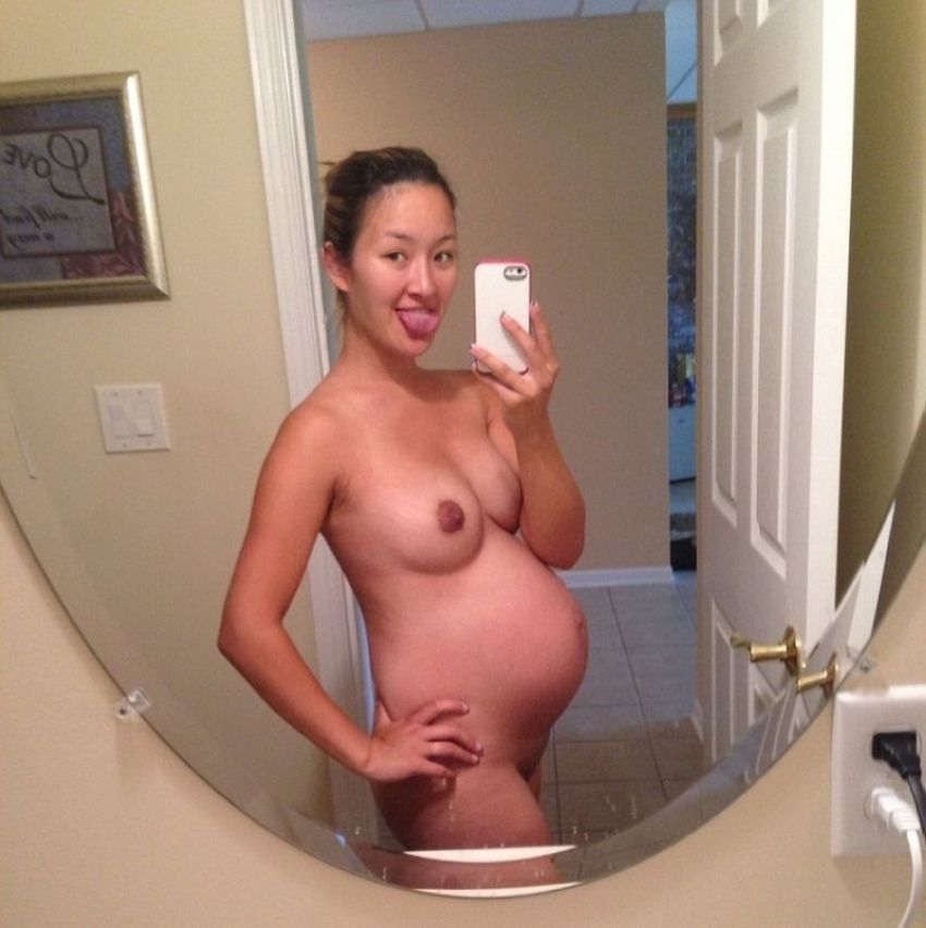 Colombian Girls Nude Self Pics